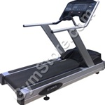 Life Fitness TR9500HR Next Generation Commercial Treadmill